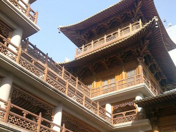 Солнечный день в Шанхае