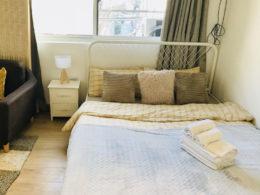 Спальня в съемной квартире в Шанхае