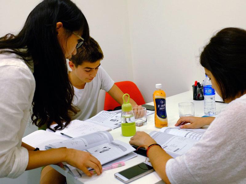 Учите китайский в Шанхае