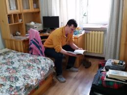 Проживание в семье и обучение их английскому